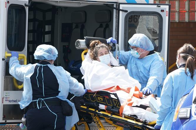 Hơn 703.000 người tử vong trên toàn cầu vì COVID-19.