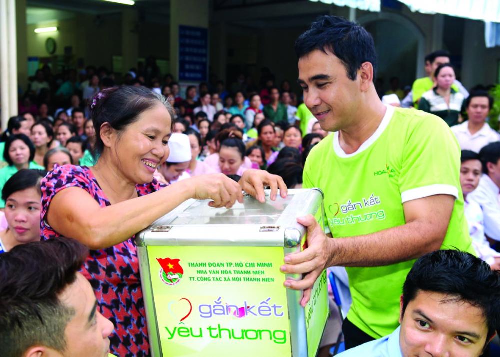 20 năm đi làm từ thiện đã dạy cho Quyền Linh biết buông bỏ
