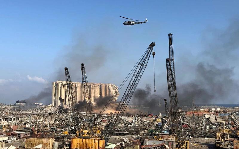Khung cảnh kinh hoàng sau vụ nổ tại thủ đô Beirut của Lebanon.