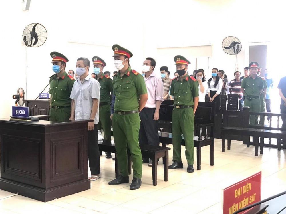 Ông Nguyễn Hồng Khanh bị tuyên 10 năm tù trong phiên toà sơ thẩm