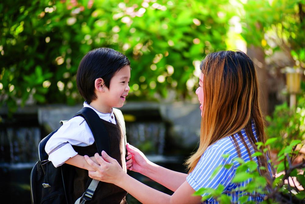 Hạnh phúc của đứa trẻ cần được cân nhắc trước hết khi đôi bên giành con. Ảnh minh họa
