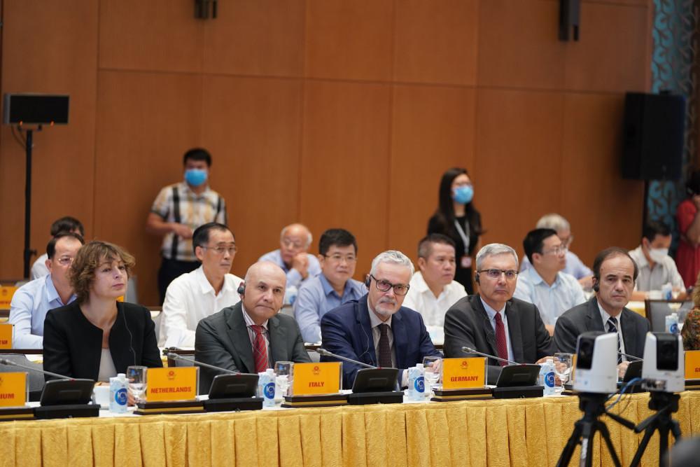 Đại diện nhiều tổ chức, doanh nghiệp châu Âu và Việt Nam đến dự Hội nghị. Ảnh: Quang Hiếu