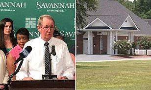 Một cậu bé 7 tuổi đến dự lễ tại một nhà thờ ở Savannah vừa qua đời sau khi nhiễm SARS-CoV-2.