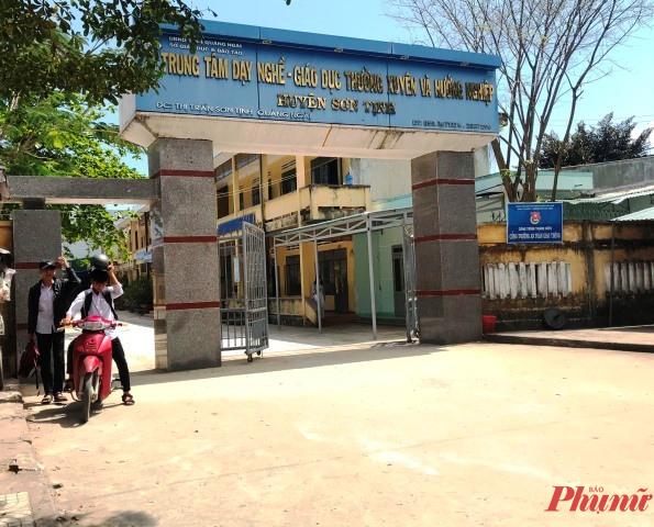 Trung tâm GD dạy nghề- GD thường xuyên và hướng nghiệp huyện Sơn Tịnh nơi bệnh nhân 786 là giáo viên