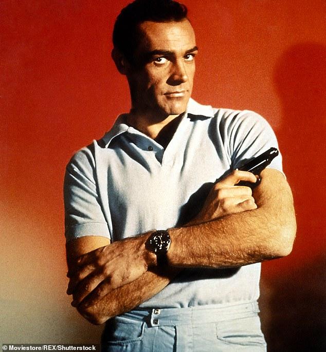 Sean Connery, nam diễn viên nhận được sự bình chọn nhiều nhất cho khán giả khi vào vai James Bond.