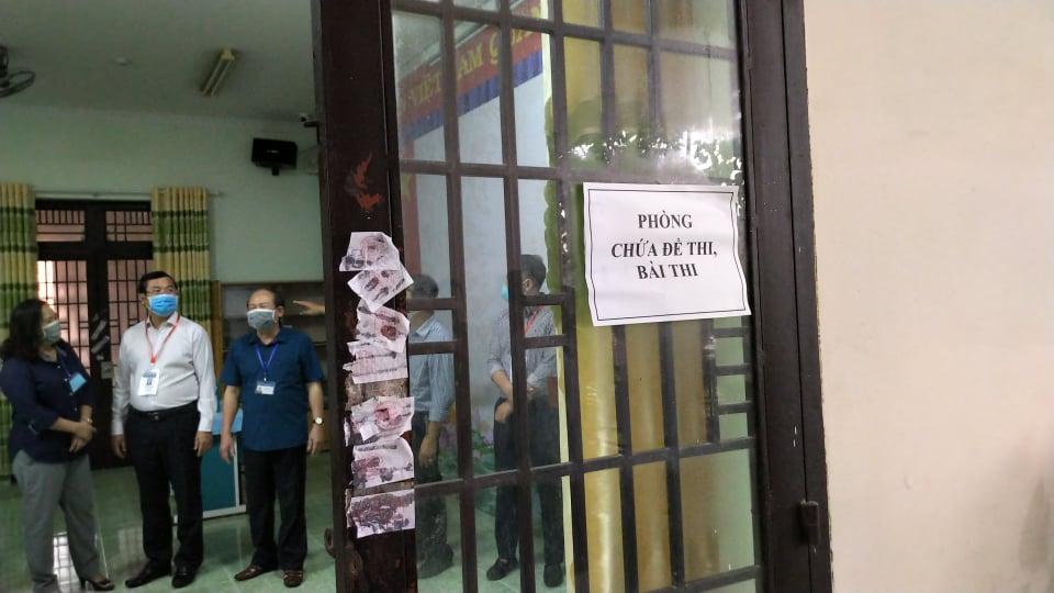 Đoàn kiểm tra của Bộ GD-ĐT kiểm tra công tác bảo mật đề thi, bài thi
