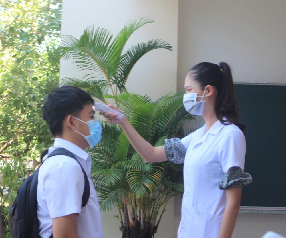 Trường hợp bệnh nhân số 842 là học sinh, đã tiếp xúc với rất nhiều bạn học