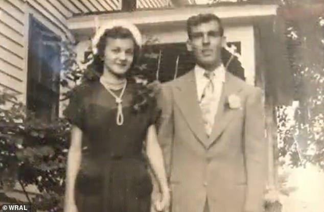Hình ảnh hai ông bà kết hôn vào năm 1950