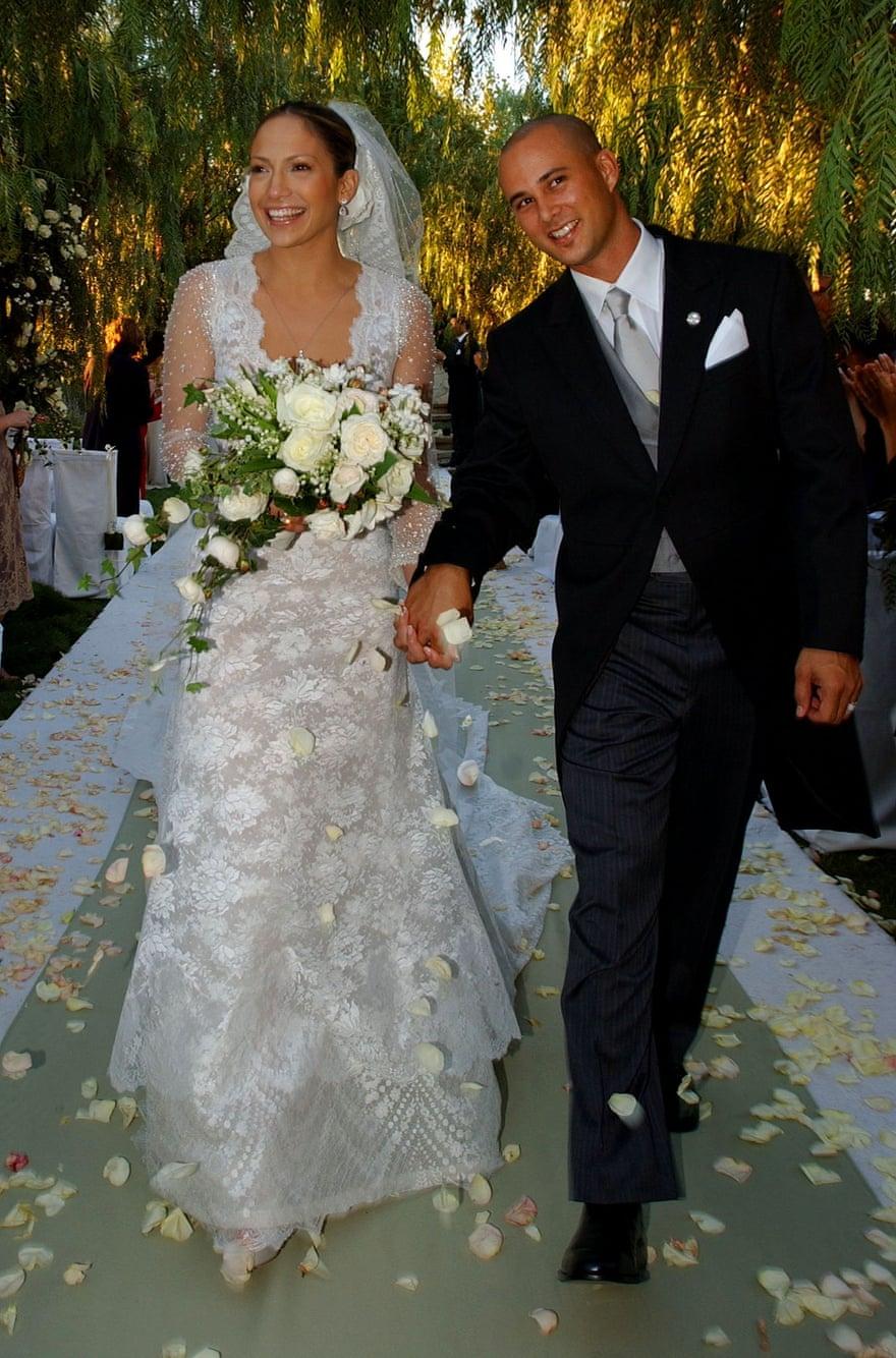 Lễ cưới của Jennifer Lopez  và Cris Judd diễn ra ở California năm 2001