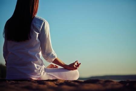 Mỗi ngày cố gắng hít thở và lắng nghe tâm trí, cũng là cách tự xoa dịu mình