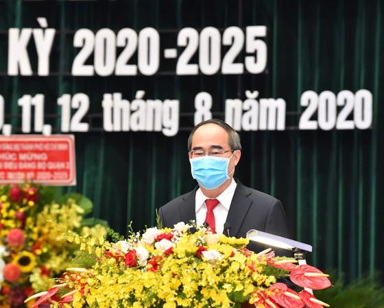 Bí thư Thành ủy TPHCM Nguyễn Thiện Nhân phát biểu chỉ đạo đại hội (ảnh: SGGP)