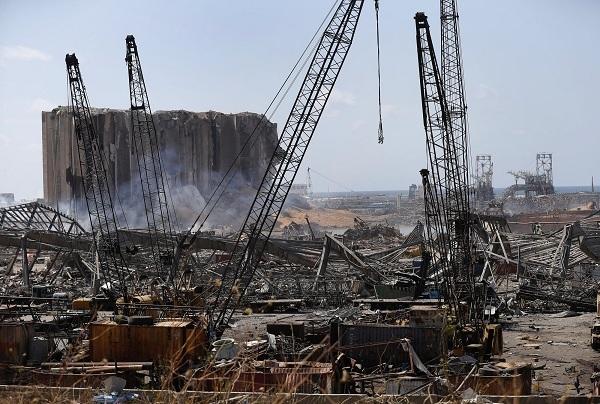 Vụ nổ lớn tại Beirut tàn phá nặng nề nền kinh tế Lebanon.