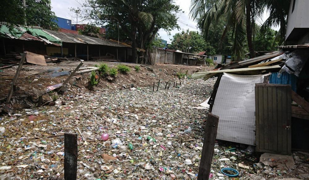 Rác thải ở Băng Cốc tăng lên trong thời gian dịch bệnh khiến các nhà hoạt động môi trường lo ngại
