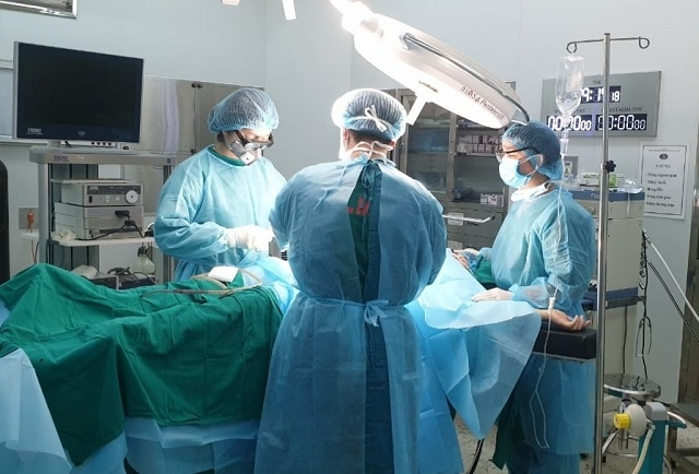 Sau làm đẹp vùng kín, bệnh nhân phải nhập viện cấp cứu (ảnh minh họa)