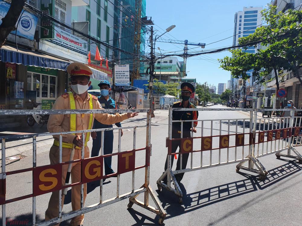 Chủ tịch Đà Nẵng yêu cầu thực hiện nghiêm việc cách ly, hạn chế người dân ra đường