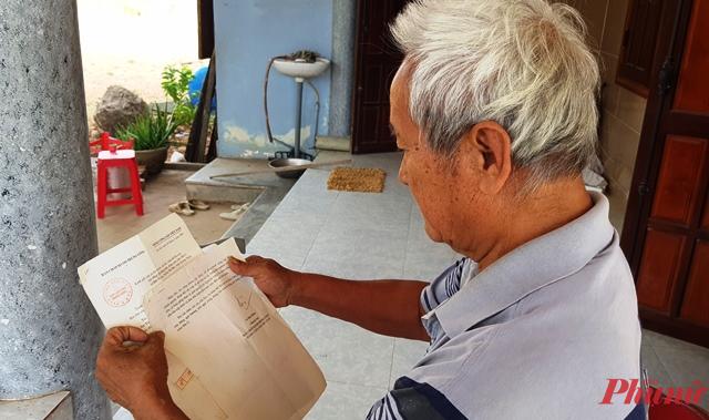 Ông Nguyễn Vụ rưng rưng đọc lại lá thư nguyên Tổng Bí thư Lê Khả Phiêu gửi người dân xóm Mù U