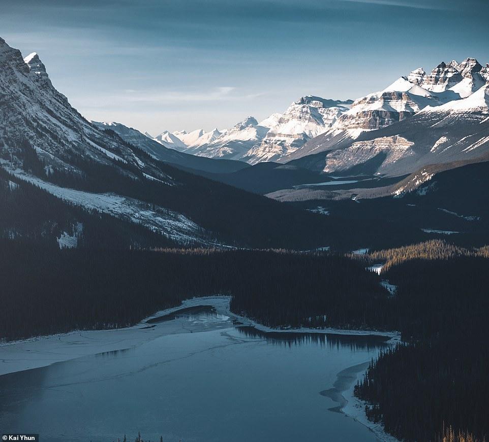 Lonely Planet, NXB sách du lịch hàng đầu cho rằng công viên quốc gia Banff là điểm đến hàng đầu khi du khách đến Canada.