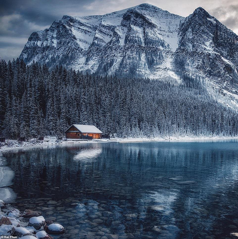 Ngôi nhà gỗ hiện lên giữa khung cảnh đồi núi, rừng thông được bao phủ bởi tuyết trắng xoá ở hồ Louise khiến người xem liên tưởng đến khung cảnh trong những câu chuyện cổ. Hồ được đặt tên theo công chúa Louise, con gái của nữ hoàng Victoria. Kai Yhun nói nhiều người bảo xem bức ảnh này của anh khiến họ luôn cảm thấy bâng khuâng.