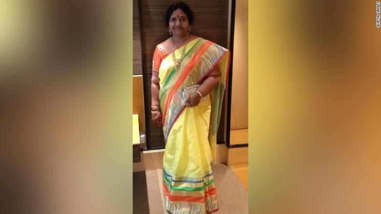 Bà Madhavi không may qua đời trong một vụ tai nạn xe năm 2017.