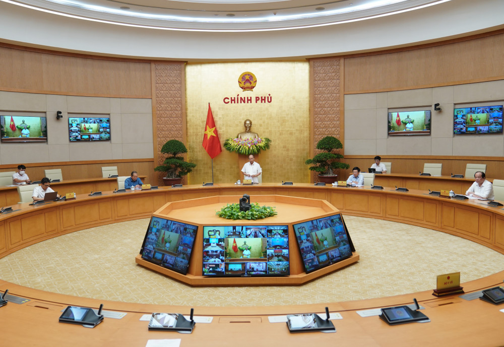 Toàn cảnh cuộc họp Thường trực Chính phủ ngày 12/8.