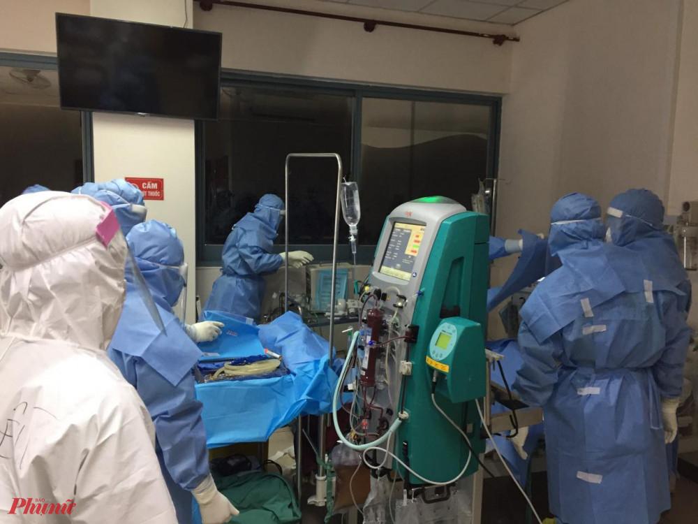 Hiện tại Cơ sở 2 Bệnh viện Trung ương Huế ở xã Phong An ( Phong Điền) có 4 bệnh nhân rất nguy kịch, 11 bệnh nhân bệnh nặng.