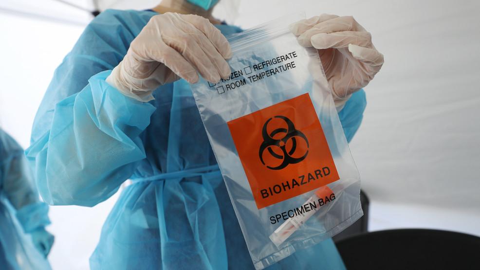 Mỹ khó phê duyệt vắc-xin COVID-19 trước tháng 11.