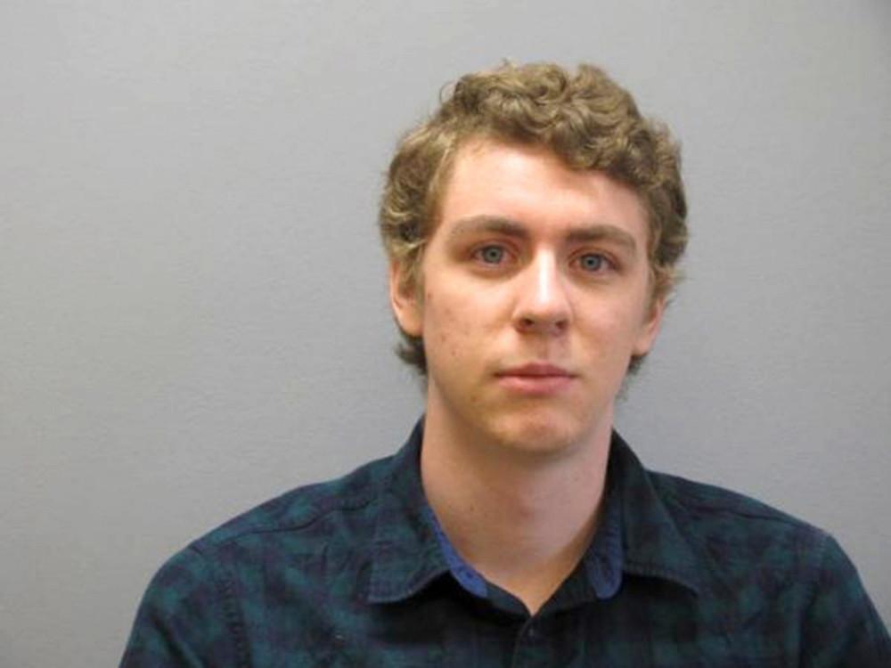 Brock Turner chỉ vừa 19 tuổi khi thực hiện hành vi xâm phạm tình dục Chanel