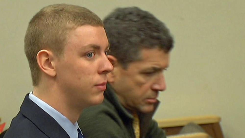 Brock Turner và cha tại tòa