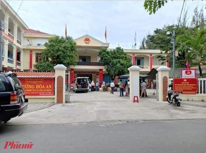 Toàn bộ cán bộ phường Hòa An được đưa đi cách ly sau khi Phó chủ tịch phường được ghi nhận là bệnh nhân số 897 nhiễm COVID-19