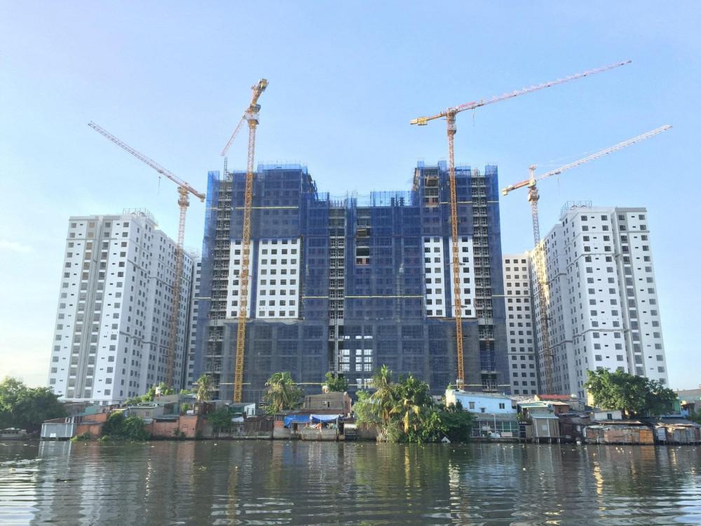Khu nhà ở Hưng Phát (2225 Phạm Thế Hiển, phường 6, quận 8)