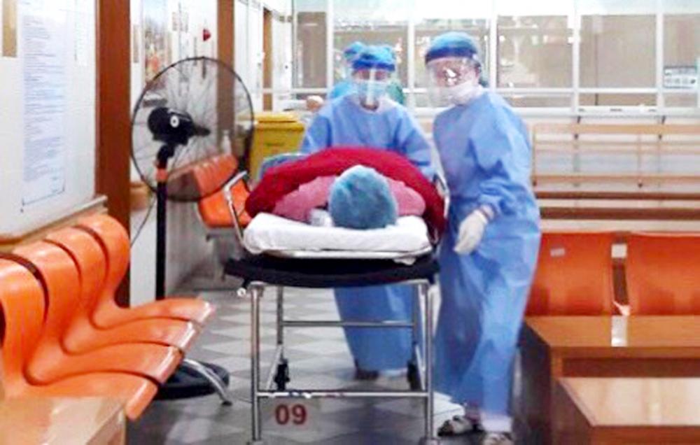 Sản phụ V.T.T. chuyển dạ ngay khi vừa vào vòng 1 khu sàng lọc cấp cứu của Bệnh viện Trung ương Huế
