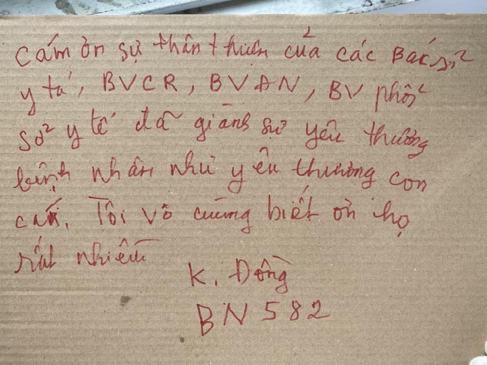 Lá thư đặc biệt của bệnh nhân 582 gửi đến các bác sĩ đã giúp mình vượt cửa tử