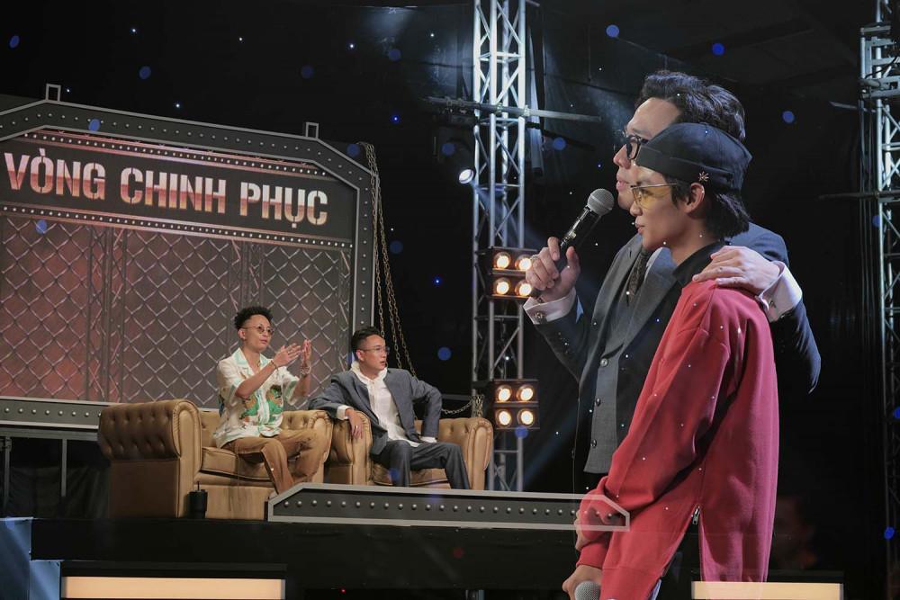 Rap Việt dàn dựng chỉn chu từng tiết mục của thí sinh nhằm thuyết phục giám khảo và khán giả.