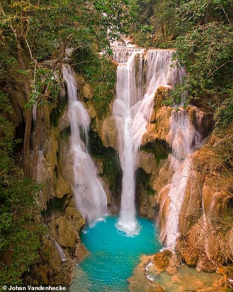 Thác Kuang Si ba tầng ở Lào, một số người nói, như Johan đã chỉ ra trong chú thích trên Instagram của mình, là thác nước đẹp nhất trên thế giới. Bên phải là 'Ngôi làng cầu vồng' rực rỡ ở thành phố Malang của Indonesia