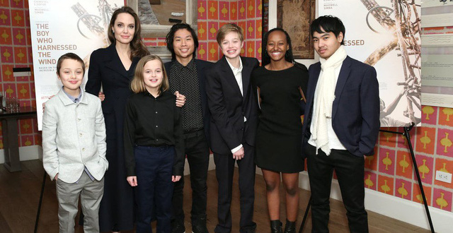 Angelina Jolie và 6 con