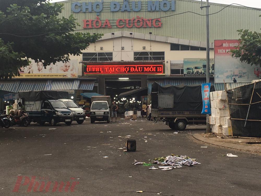 Chợ đầu mối Hòa Cương, nơi cung cấp rau củ quả và nông sản chính cho TP.Đà Nẵng