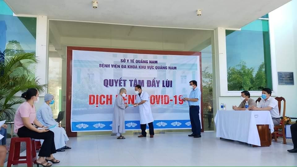 Sau thời gian điều trị, 11 người nhiễm COVID- 19 tại Quảng Nam đã được xuất viện theo quy định