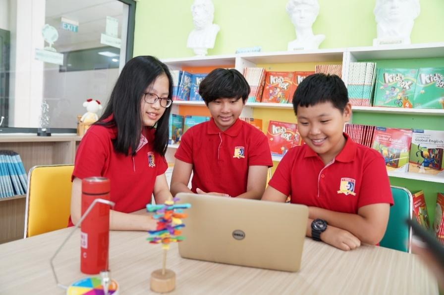 Royal School mang đến mô hình đào tạo song ngữ quốc tế liên cấp từ Mầm non, Tiểu học, THCS đến THPT. Ảnh: Royal School cung cấp