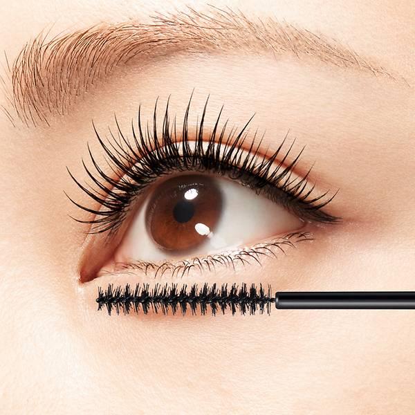 Hạn chế sử dụng mascara chống nước khi không cần thiết.