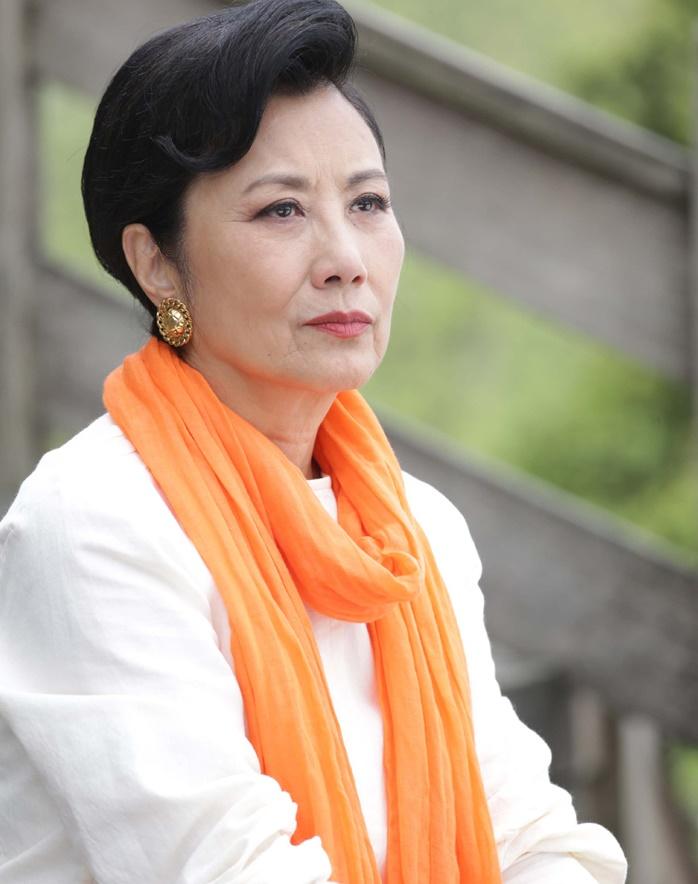 Uông Minh Thuyên mất cơ hội làm mẹ, chống chọi với bệnh ung thư suốt gần 4 thập niên