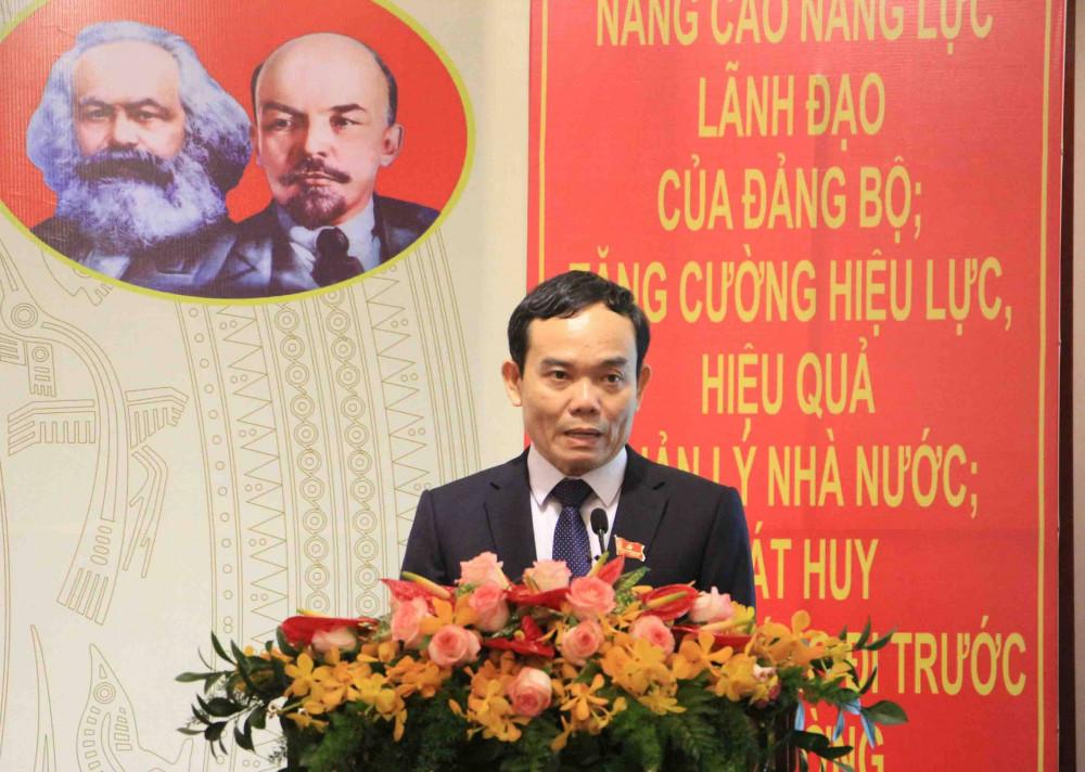 Phó Bí thư Thường trực Thành ủy TPHCM phát biểu chỉ đạo đại hội