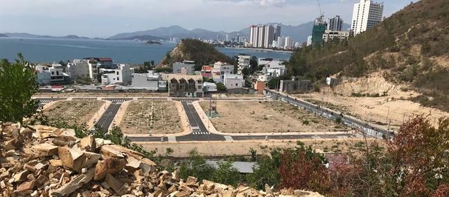 Một dự án bất động sản 'tùng xẻo núi Cô Tiên ở Khánh Hòa