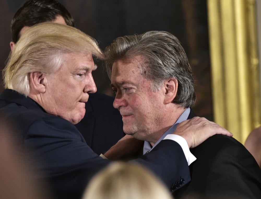 Ông Steve Bannon từng là cố vấn thân cận của Tổng thống Mỹ Donald Trump, và đóng vai trò quan trọng trong chiến dịch bầu cử của Tổng thống vào năm 2016.