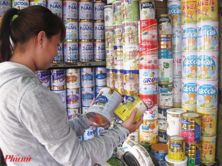 Một số chất tìm thấy trong sữa công thức lại không có tiêu chuẩn về hàm lượng chính thức trong các quy định hiện hành
