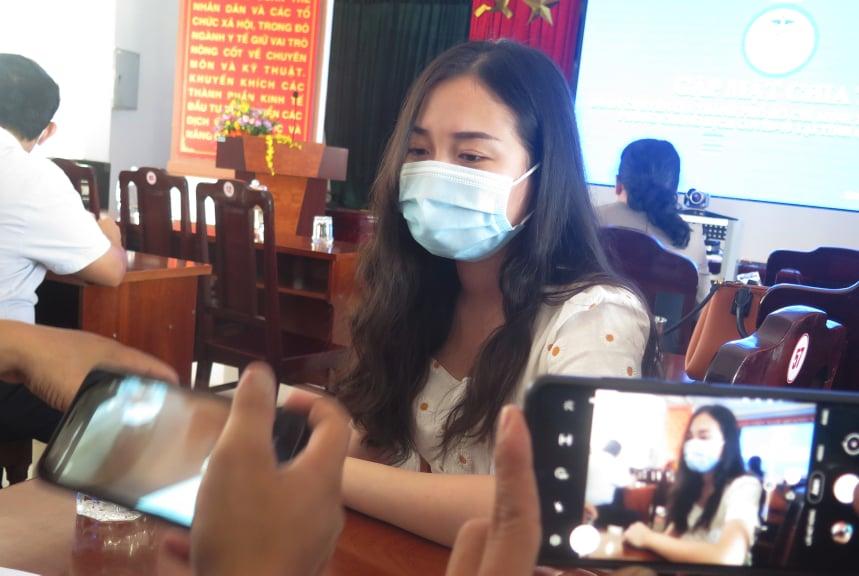 Những trải nghiệm sau 20 ngày chống dịch COVID-19 tại Quảng Nam là một kinh nghiệm quý báu với chị Nguyễn Thị Minh Thúy - điều dưỡng Khoa Hồi sức tích cực của Bệnh viện Chợ Rẫy