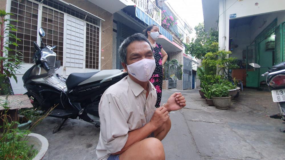 Anh Quang, chị Ba mù bẩm sinh, cuộc sống vốn đã khó khăn nay càng khó khăn trăm bề