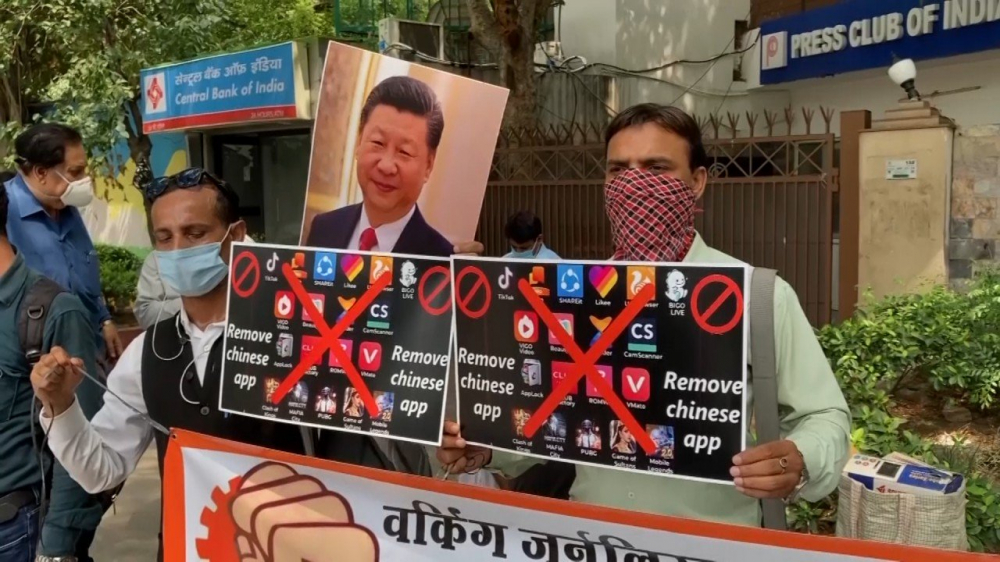 Ấn Độ cấm hàng chục ứng dụng của Trung Quốc, bao gồm TikTok và WeChat, sau cuộc đụng độ biên giới giữa hai nước - Ảnh: Getty Images