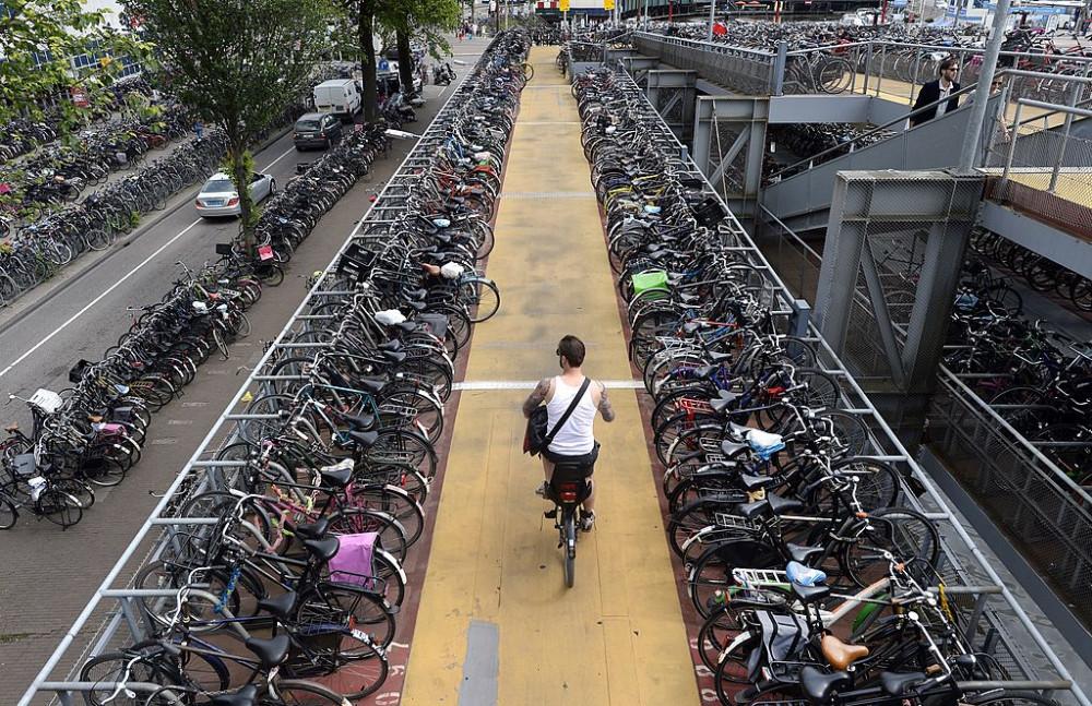 Hà Lan giờ đây đã được định danh là một Vương quốc xe đạp - Timothy Clary/AFP via Getty Images