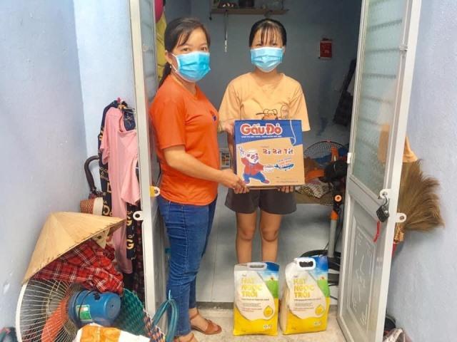 Mặt trận phường Mân Thái (Q. Sơn Trà) trao hỗ trợ đột xuất cho gia đình chị B.T.H có hoàn cảnh khó khăn