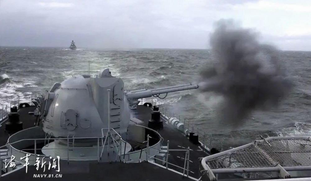 Trung Quốc tập trận trên Biển Hoa Đông